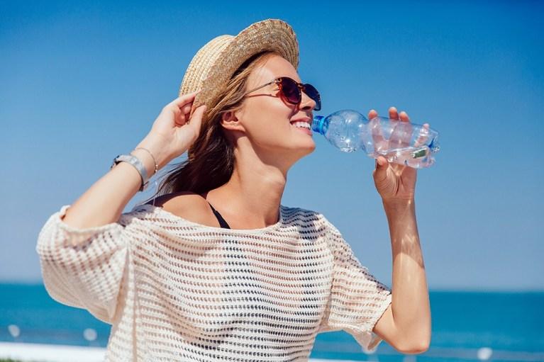 no deshidratarte en verano