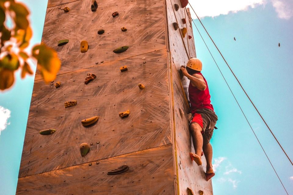 ejercicios de fuerza para entrenar en escalada