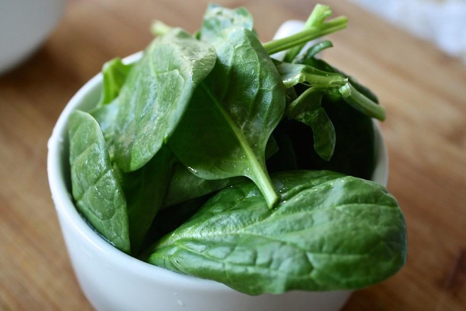 Las espinacas son uno de los alimentos más alcalinos