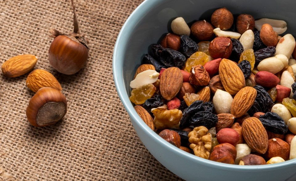 Frutos secos en dieta vegana cetogénica