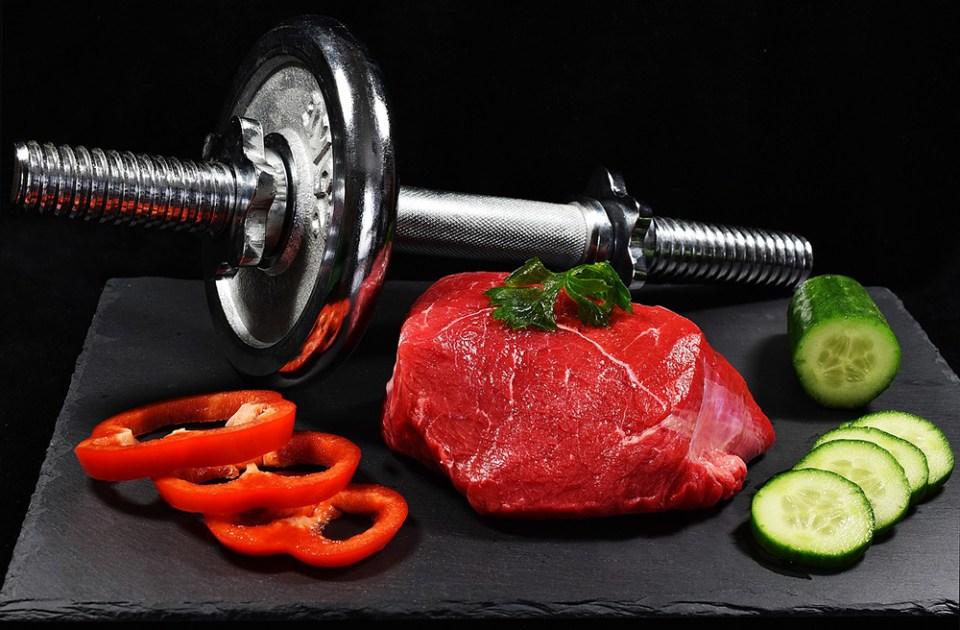 Alimentación y una buena rutina de ejercicios