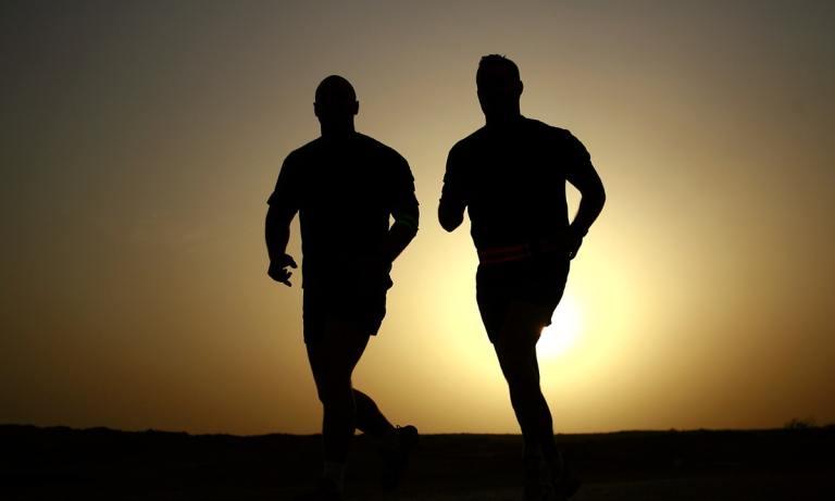 Descubre las ventajas de madrugar para entrenar