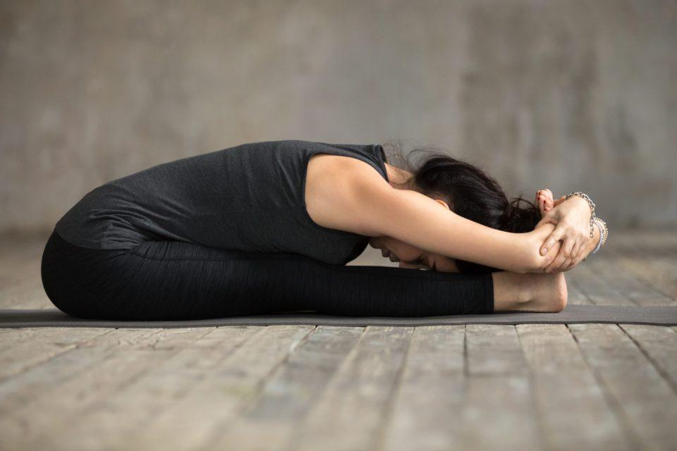 La pinza en yoga