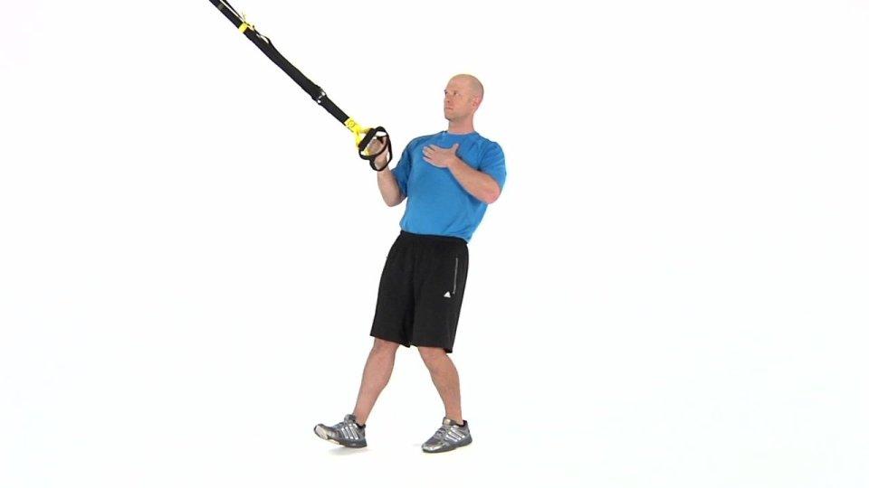Remo TRX con un solo brazo