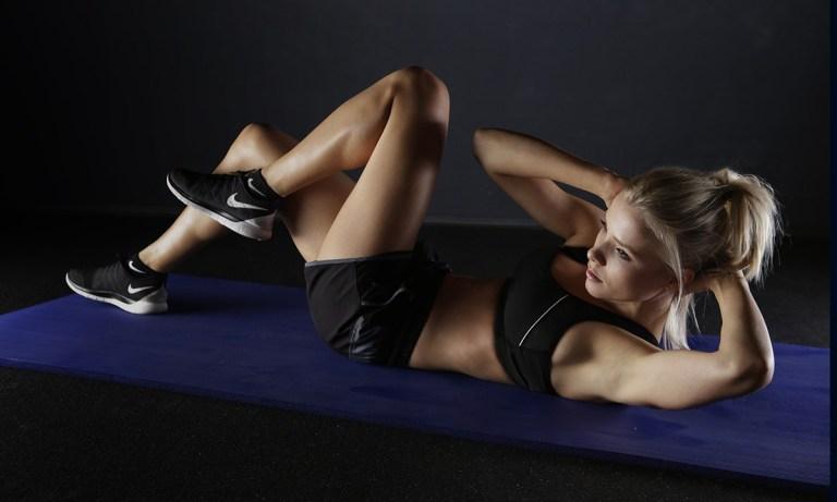 Ejercicios con peso corporal para bajar la barriga