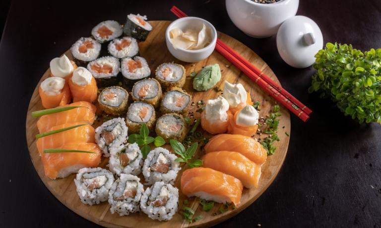 ¿La comida japonesa engorda? La respuesta es sí, siempre y cuando no sepas cómo comer