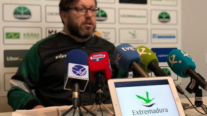 El Cáceres buscará la segunda victoria en Pumarín