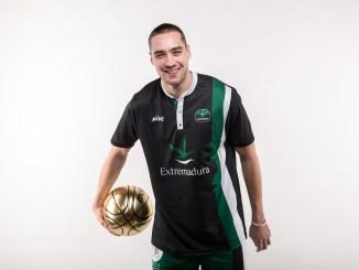 Dmitry Utolin abandona la plantilla del conjunto verdinegro por motivos estrictamente deportivos