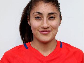 El CF Femenino Cáceres ficha a la internacional chilena Yessenia Huenteo