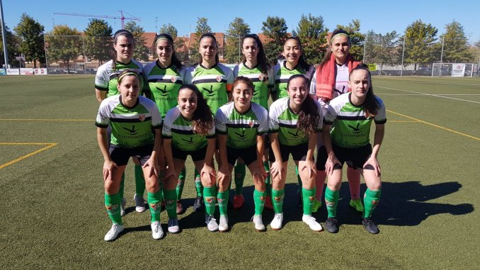 Derrota del CF Femenino Cáceres ante el Liberbank Santa Teresa Badajoz en Badajoz