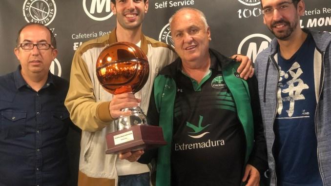Luis Parejo se alza con su tercer Trofeo Corazón Verdinegro