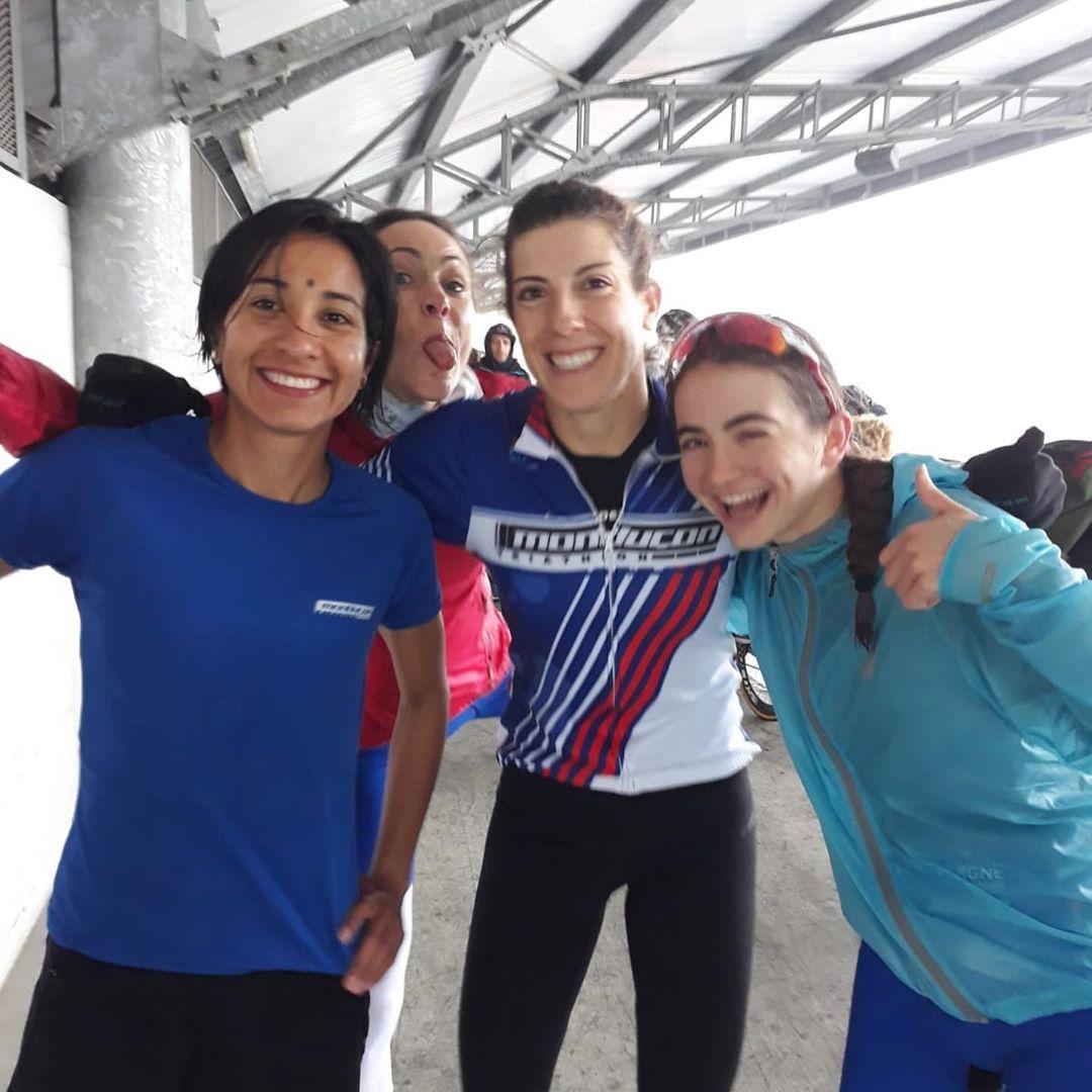 Sonia Bejarano primera con el equipo Montluçon Triathlon en el GP francés de Duatlón disputado en Lille