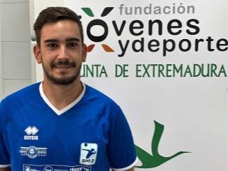 Francisco Parra seguirá en el cuerpo técnico del EXTREMADURA CCPH de Voleibol