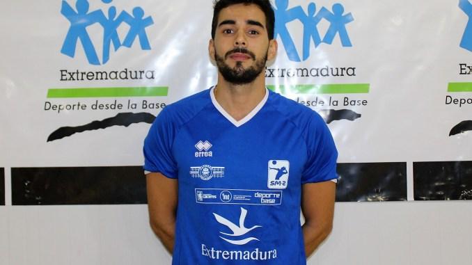 El Extremadura CCPH renueva a su capitán Ricardo Brillo