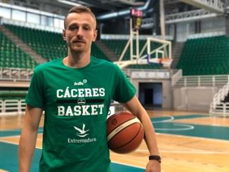 Milan Nikolic se incorpora a la pretemporada del Cáceres