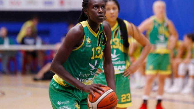 Desvinculación de Khadidiatou Diouf del Club Baloncesto Al-Qázeres
