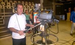 Ángel Roberto Barrufaldi (exfutbolista, DT, camarógrafo) contó parte de su vida en una entrevista con De Primera. Repasó su carrera como jugador, como formador de talentos y su función de camarógrafo (Foto Primera Edición)