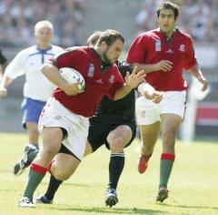 Cristian Spachuk en acción con los colores de Portugal. En 2005, debutó oficialmente y luego jugó el Mundial de Francia en 2007 (Foto El Territorio)