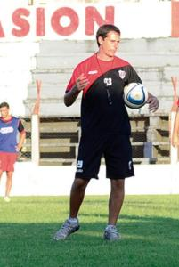 Martín Zuccarelli sabe que el partido del domingo es clave para la clasificación (Foto: Marcelo Rodríguez, El Territorio)