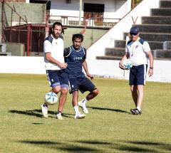 Elvis Duré, que reemplazará al lesionado Rivero, será el acompañante de Barinaga en la ofensiva (Foto: Facundo Correa, El Territorio)