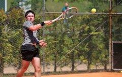 Monferrer a cuartos de final en Wimbledon Júnior