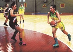 Rosario De León se hace camino en la Liga 2