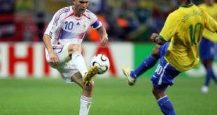 Eto´o como Zidane en el Mundial de fútbol
