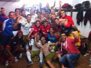 Con los jugadores del CF Reus Deportiu el día que logramos el liderato!!