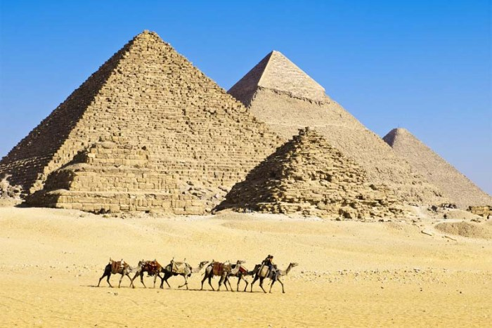 mysteries-about-pyramids-in-egypt