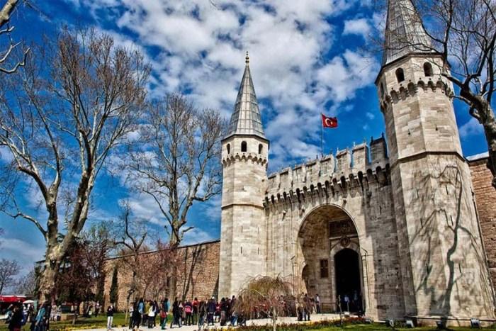 topkapi-palace-beautiful-places-in-turkey