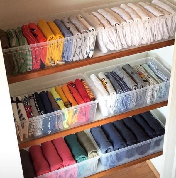 La magia del orden 3 tips para ordenar el cl set - Como organizar un armario empotrado pequeno ...