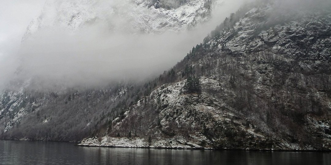 Invierno en el Nærøyfjord