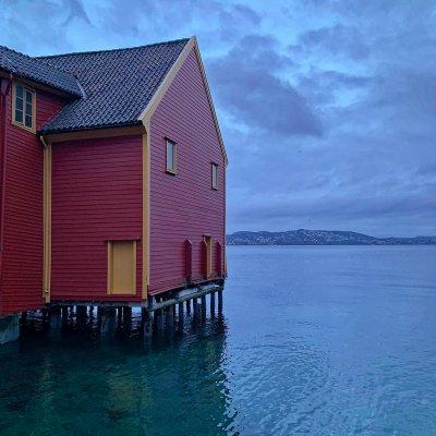 Edifico sobre el mar en Skuteviken