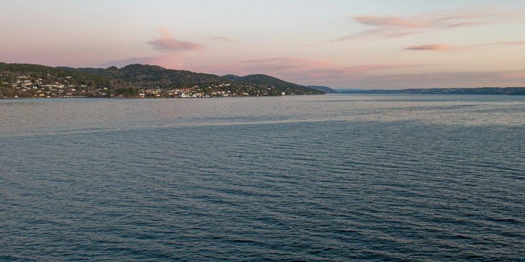 Al este de Hurumlandet