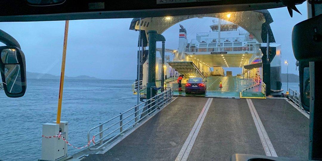 Embarcando en el Mastrafjord