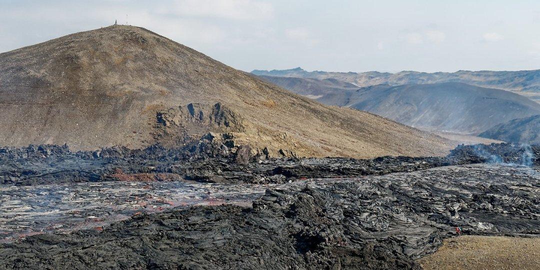 Lava fluyendo hacia Syðri-Maradalur