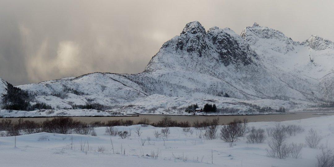 Paisaje nevado en Austvågøy