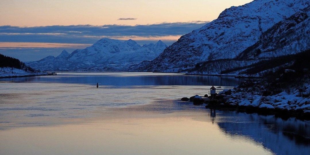 Raftsundet desde la proa del Finnmarken
