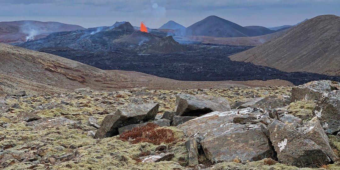 El volcán desde el sur de Geldingadalir