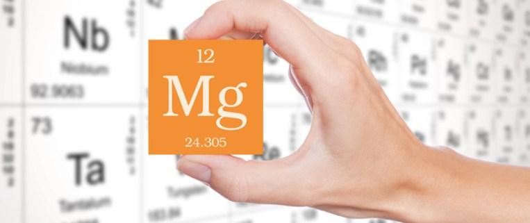 magnesio nell'acqua descritta nelle etichette delle bottiglie acqua