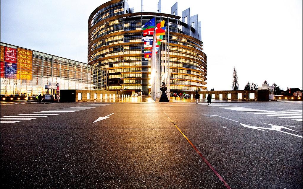 La Commission européenne doit proposer des mesures fortes pour lutter contre la fraude et l'évasion fiscales