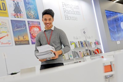 Frankfurt am Main, Hessen, Hesse, Deutschland, Germany. 17.10.2014.  Random House Stand,  Halle 6  Indonesien ist der Ehrengast der Frankfurter Buchmesse 2015.   Indonesia is the Guest of Honour 2015 at the Frankfurt Book Fair