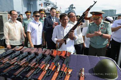 I krigen mot narkotika på Filippinene er president Duterte i mediene presentert som skurken, men er det hele bildet?