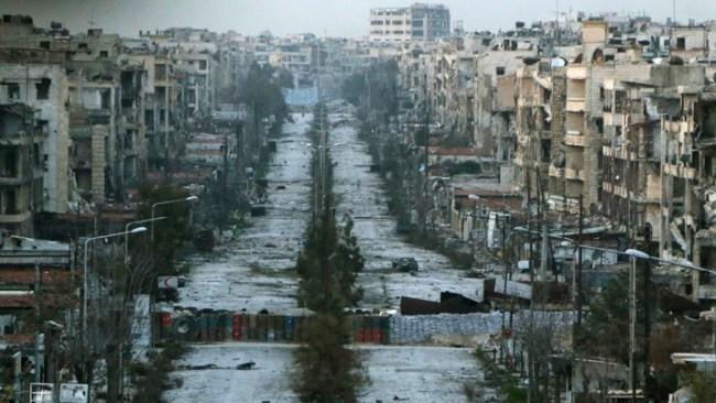"""Lars Birkelund omtale Cecilie Hellestveits bok """"Syria - En stor krig i en liten verden."""""""