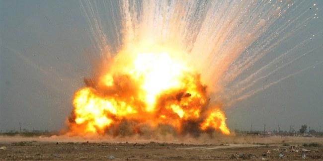 USA har brukt kjempebombe i Afghanistan. Nå kommer rapportene om miljø- og helseplager.