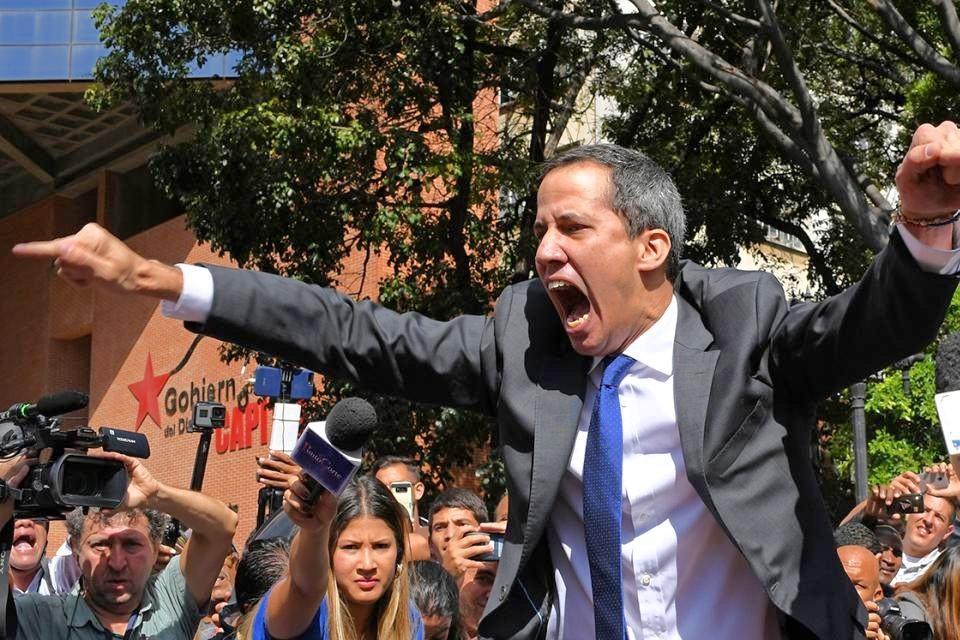 Guaido prøver å få støtte fra de militære i Venezuela. Men oppslutningen i folket er på tre prosent. Han har utspilt sin rolle.