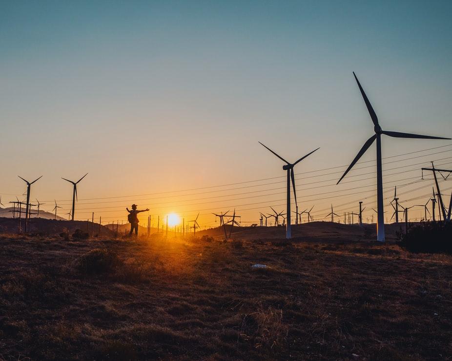 Vindkraft er spredt energi. Det går svære arealer av norsk natur for å fange denne dyre kraften.