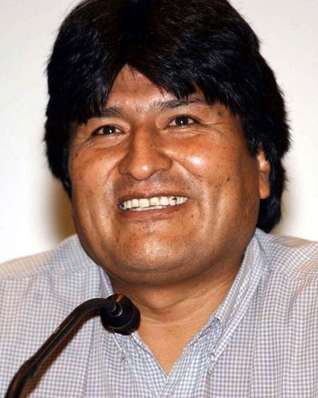 Høsten 2019 ble Bolivias folkevalgte president avsatt i et militærkupp. Nå anklages han for seksuelle overgrep.