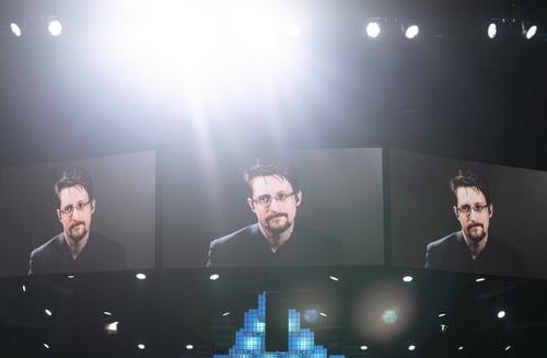 Trump antyder at kanskje anklagene mot Snowden kan droppes. Men så enkelt er det ikke.