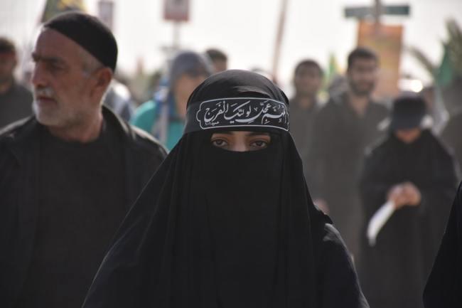 I Frankrike sier et flertall unge muslimer at sharialover er viktigere enn franske. Dette er en voksende gruppe.